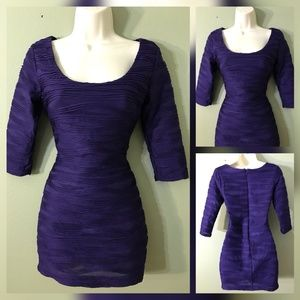 FOREVER TWENTY WOMAN LONG SLEEVE DRESS SIZE SMALL
